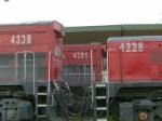 G22U 4338 + G22U 4391 + YARD SLUG 4228