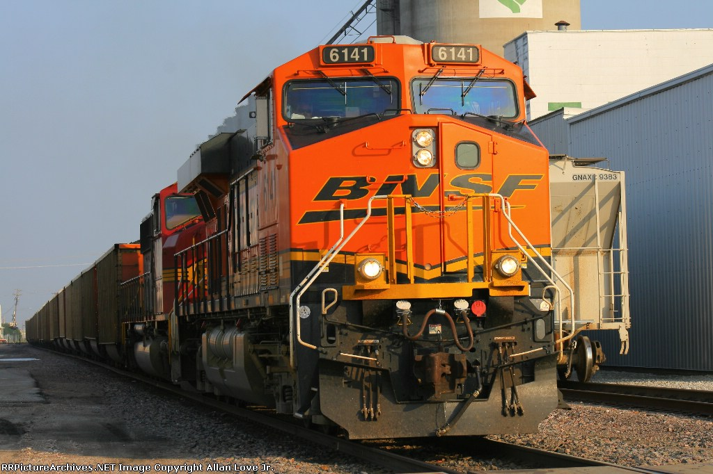 BNSF 6141 north