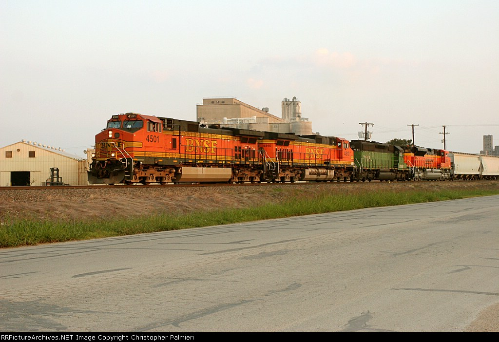 BNSF 4501, 4810, 7128, and 9301