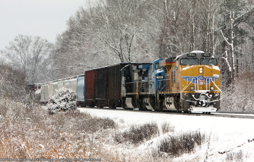 NS train #172 heading out of town