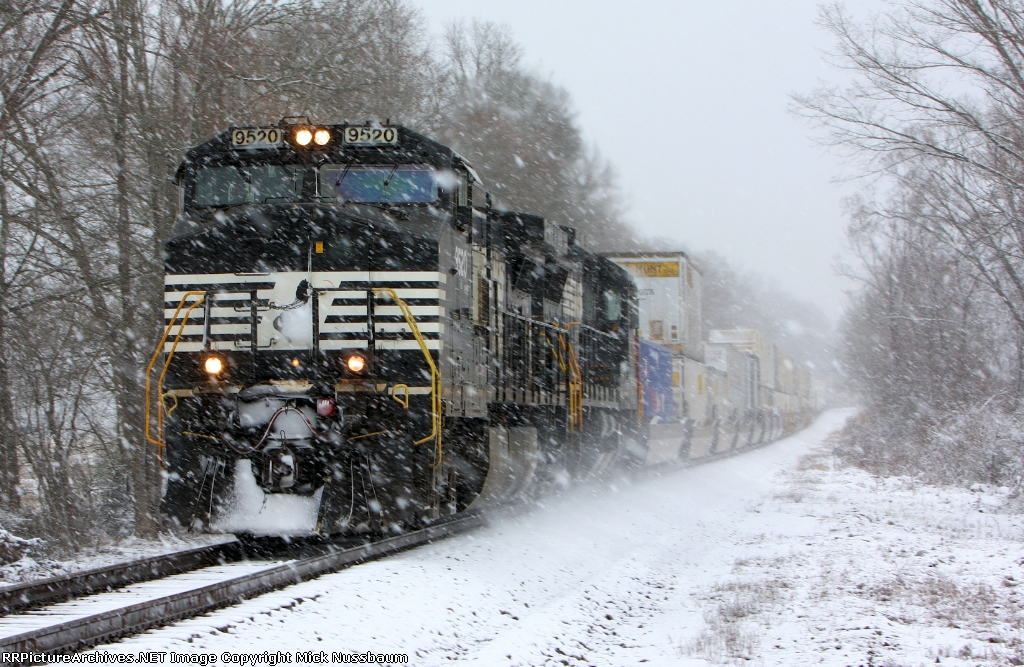 NS train #219 heading into town