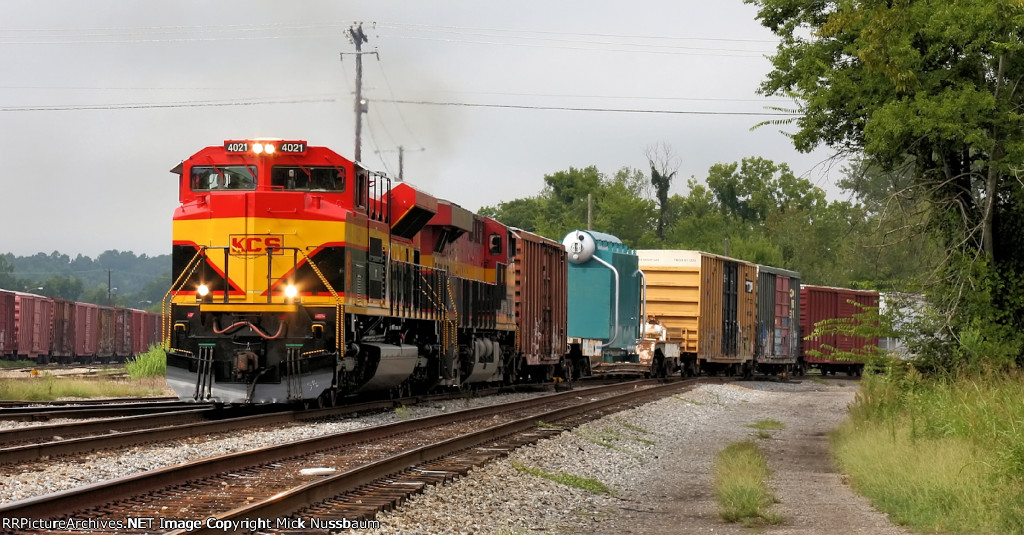 Starting to pull on the NS main line