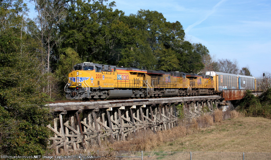 Union Pacific #2010 Boy Scout Centennial Unit heading west