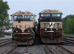 BNSF #9705 & NS #9923 at 49th Avenue early in the morning