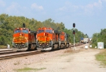 BNSF 858/BNSF 617 doing a power change