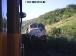 BB40-9WM 1229 parada para o P01 passar