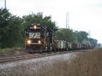 NS 7116 leads gon train east
