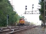 BNSF 5663 in siding