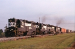Look what is pulling the hot SB intermodal!!!