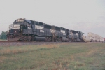 Triple GP60 takes SB intermodal to Jacksonville
