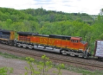 BNSF 4001 in Heritage II paint
