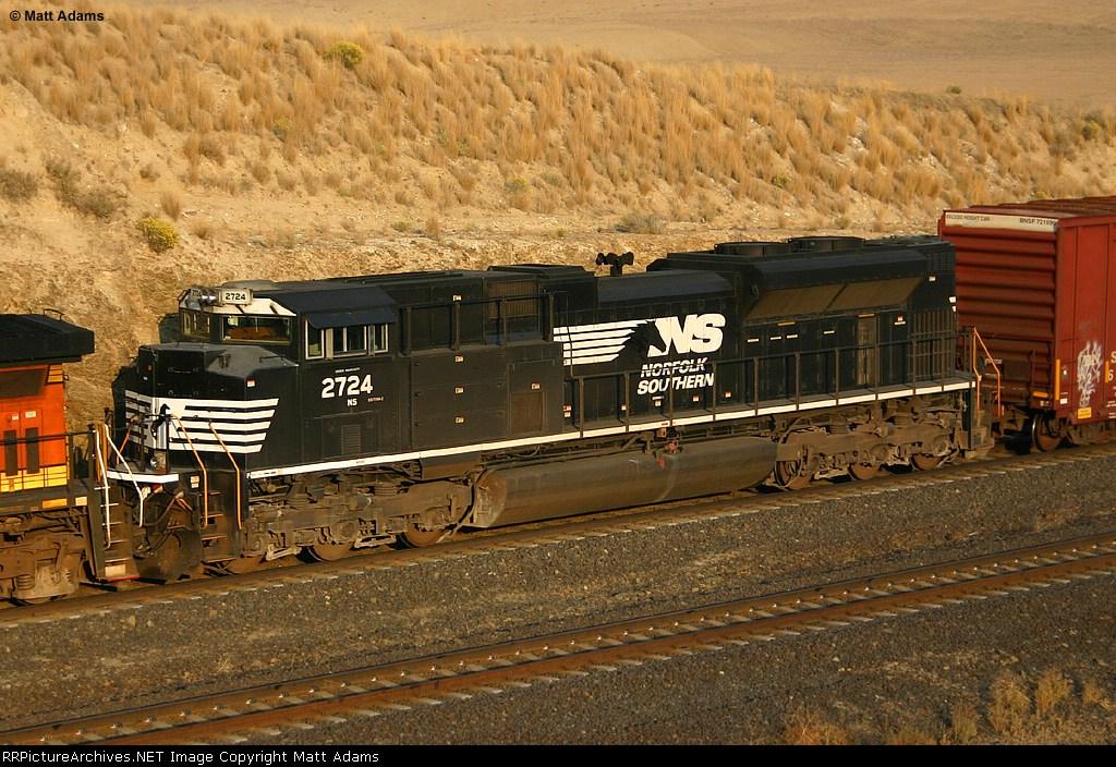 NS SD70M-2 2724