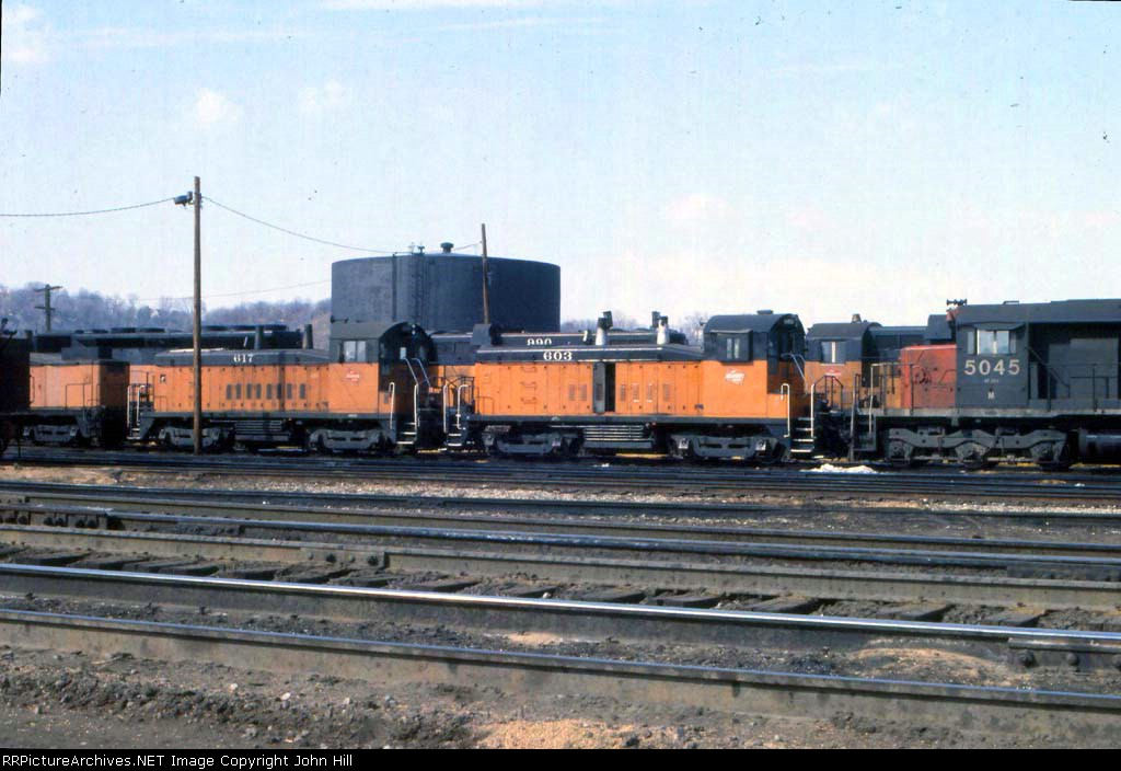 1145-08 MILW 603 & 617 at Pigs Eye Yard