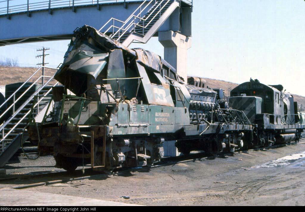 1146-27 Wrecked GP18 BN 1998 at Northtown Yard