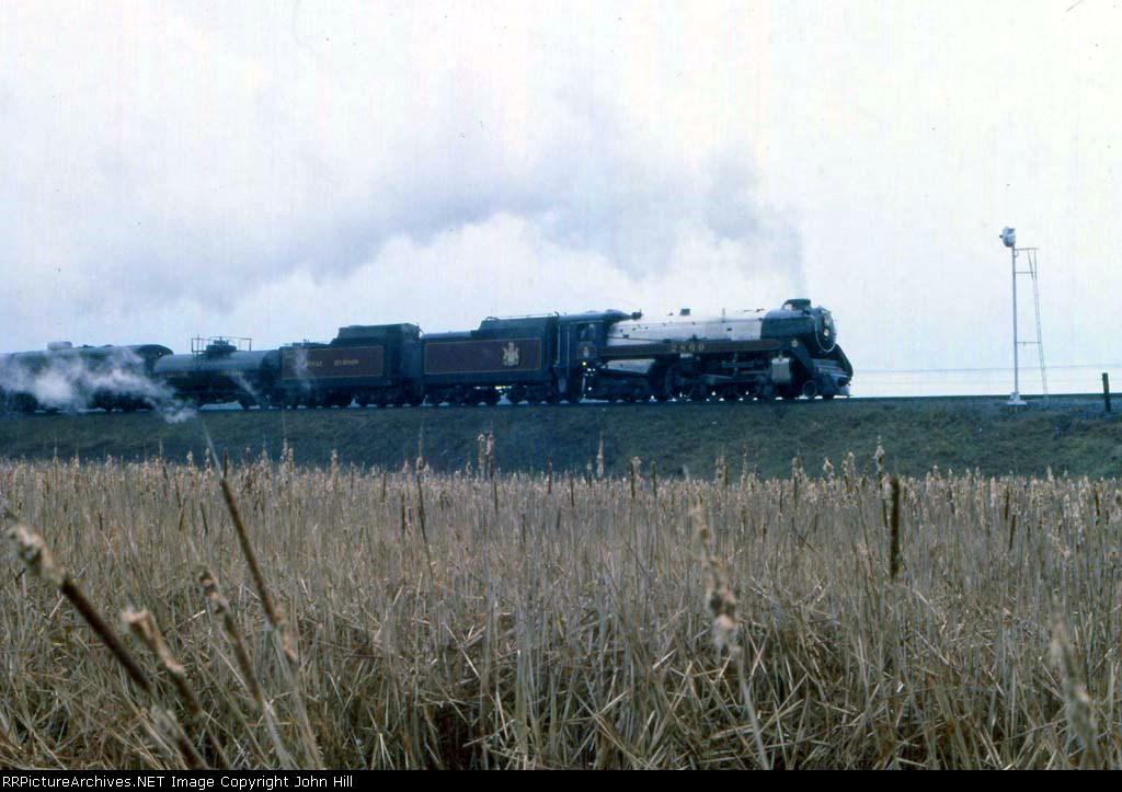1154-16 Royal Hudson CP 2860