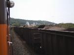 EFVM 885 cruzando com minerio em Ipatinga-MG