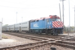 Midday METRA train rolls east through the diamonds heading for downtown