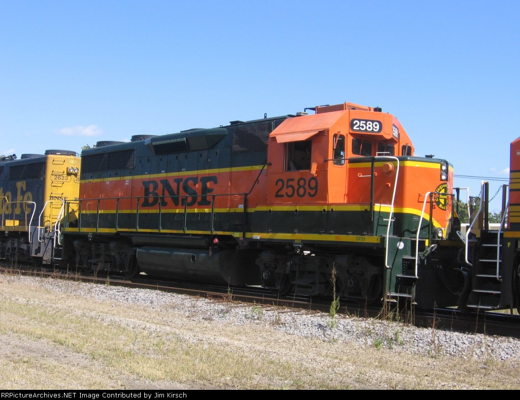 BNSF 2589