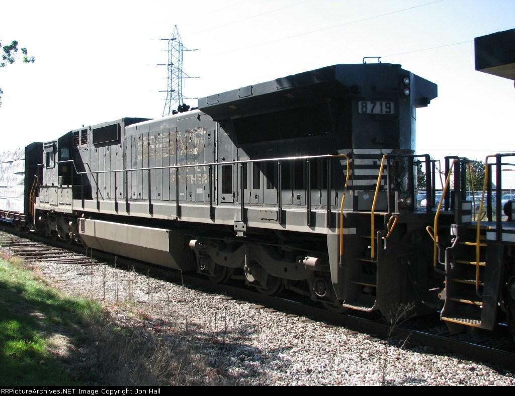 NS 8719