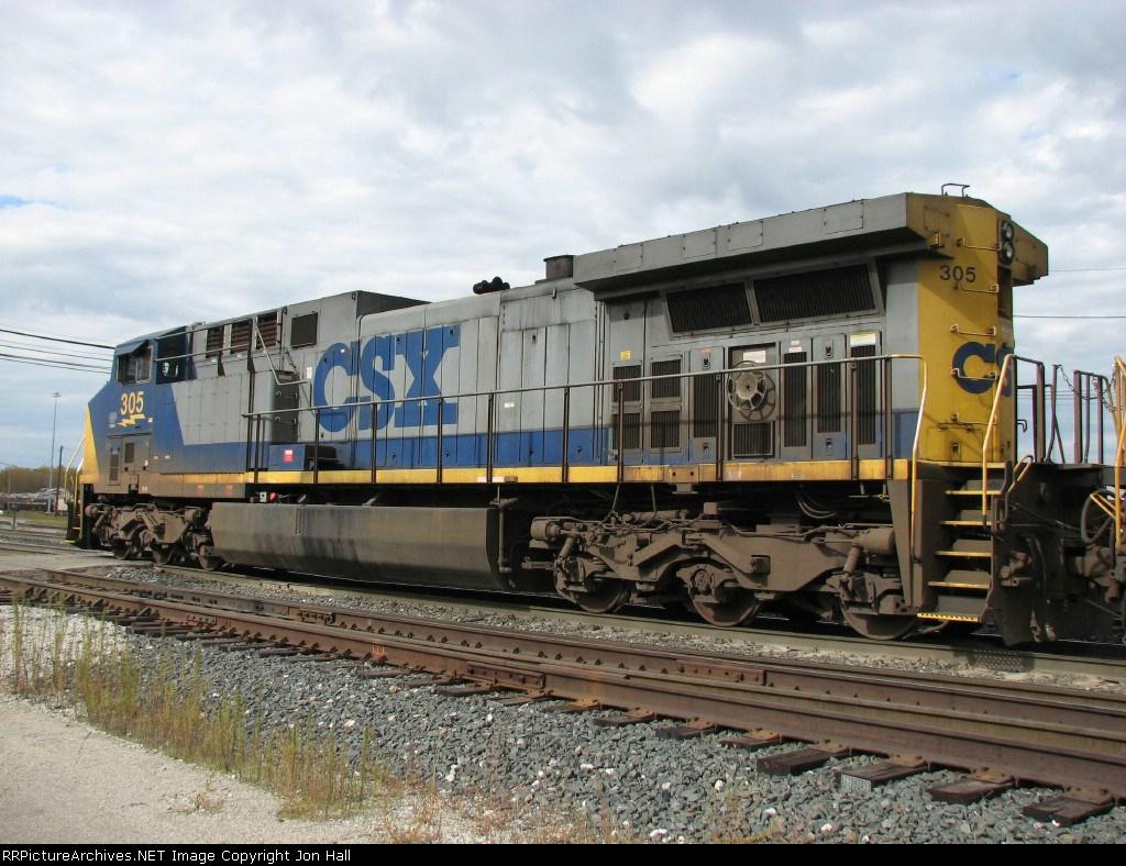 CSX 305