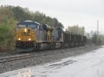 CSX 772 & 475 roll through town and through the rain with N905-19