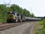 CSX 8769 & 8745 team up to take K649 west