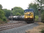 CSX 208 leads Q509-03 through the signals