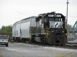 NS 6151 waits to head out of South Lima Yard with L86