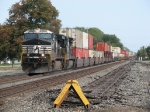 NS 9939 & 8702 make track speed westward with 21T