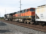 BNSF 1077 & NS 9281