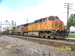 BNSF 5077 leads eastbound