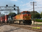 BNSF 5520 leads eastbound