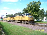 UP 4002 leads eastbound stacks