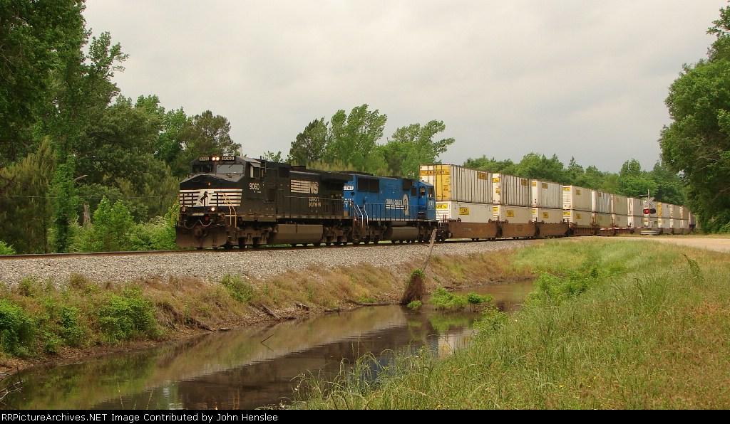 NS 9060 & 6747 crossing U. S. 80 east
