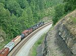 NS NB Freight rouding the curve