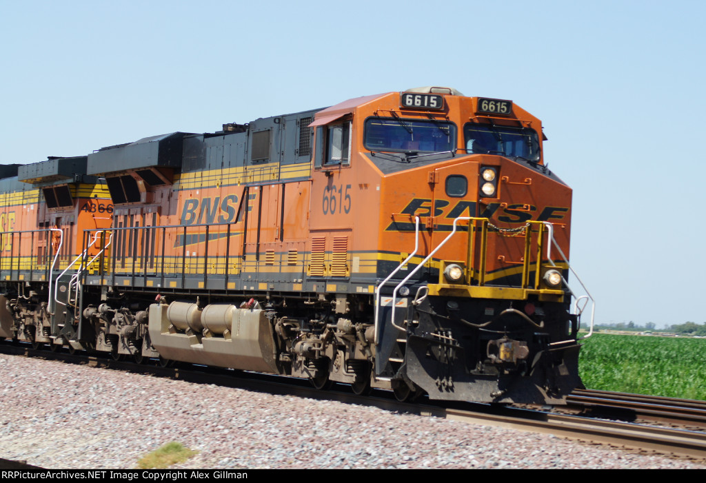 BNSF 6615 East