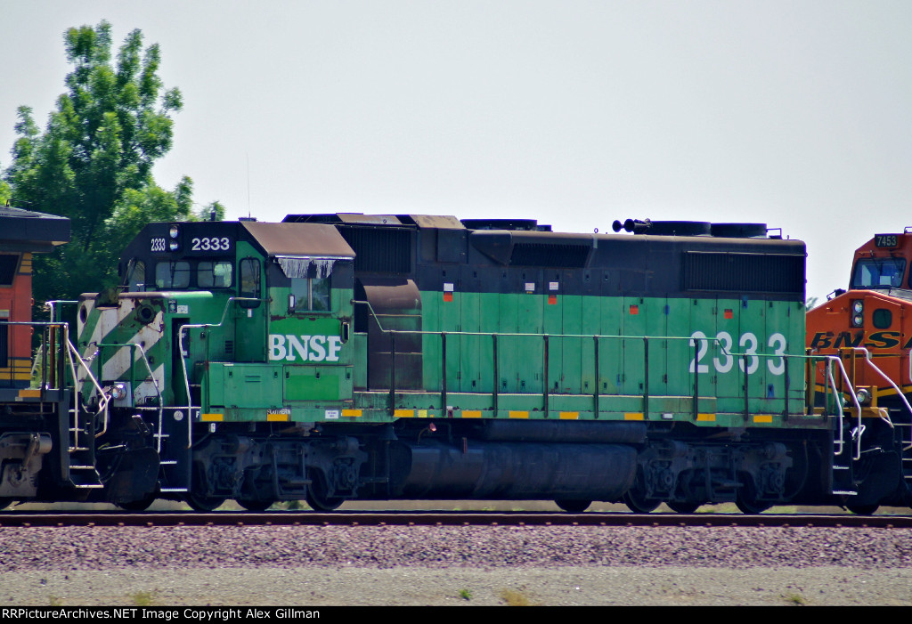 BNSF 2333 Eastbound
