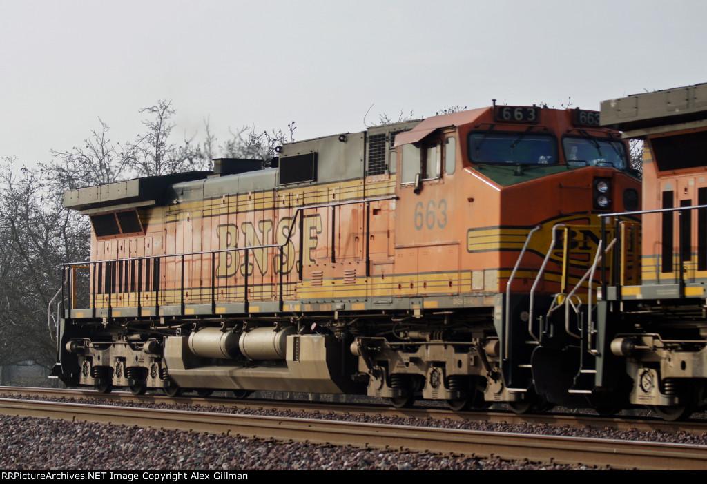 BNSF 663 Westbound