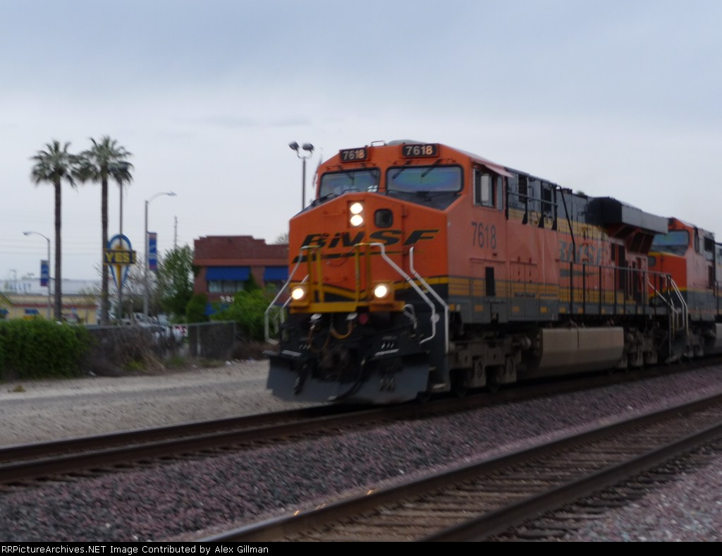 Palm Tree's and BNSF 7618