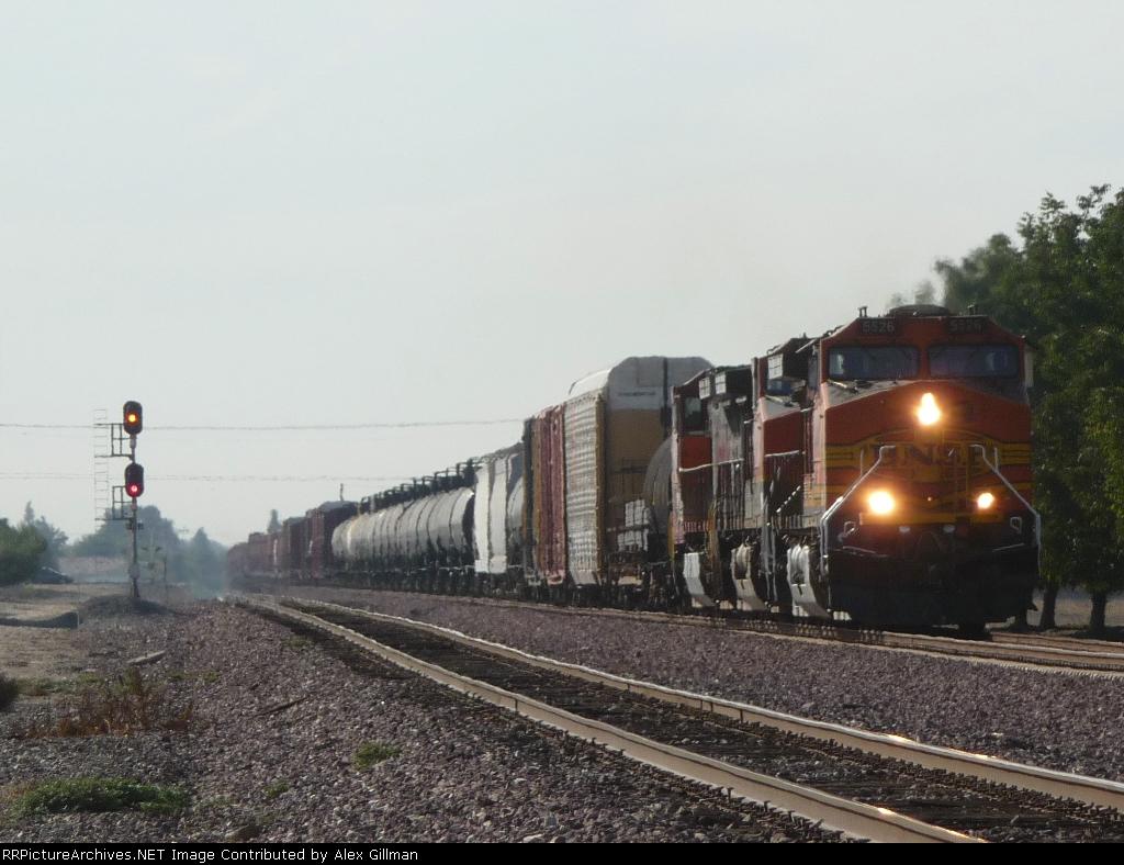 BNSF 5526 West