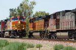 BNSF 4647 East Meeting BNSF 4997 West