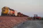 BNSF 2860 West & A Tractor