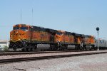 BNSF 7315 East past the Searchlight