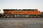 BNSF 6633 East, Side-Shot