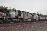 NS 9961, BNSF 679, NS 9271 Eastbound