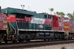 FXE 4698 Eastbound
