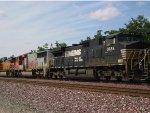 NS 9684, BNSF 8212 Westbound