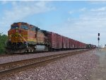 BNSF 4065 Westbound