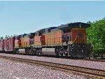 BNSF 5012 Eastbound