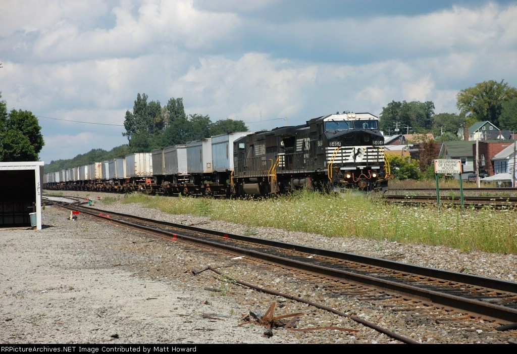 A westbound pig at Cresson.